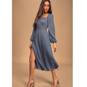 🆕✨Lulus Blue Smocked Midi Dress